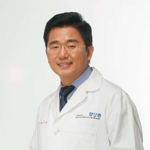 Dr. Sang Kim | Ceramic Dental Implant Dentist In McLean, VA